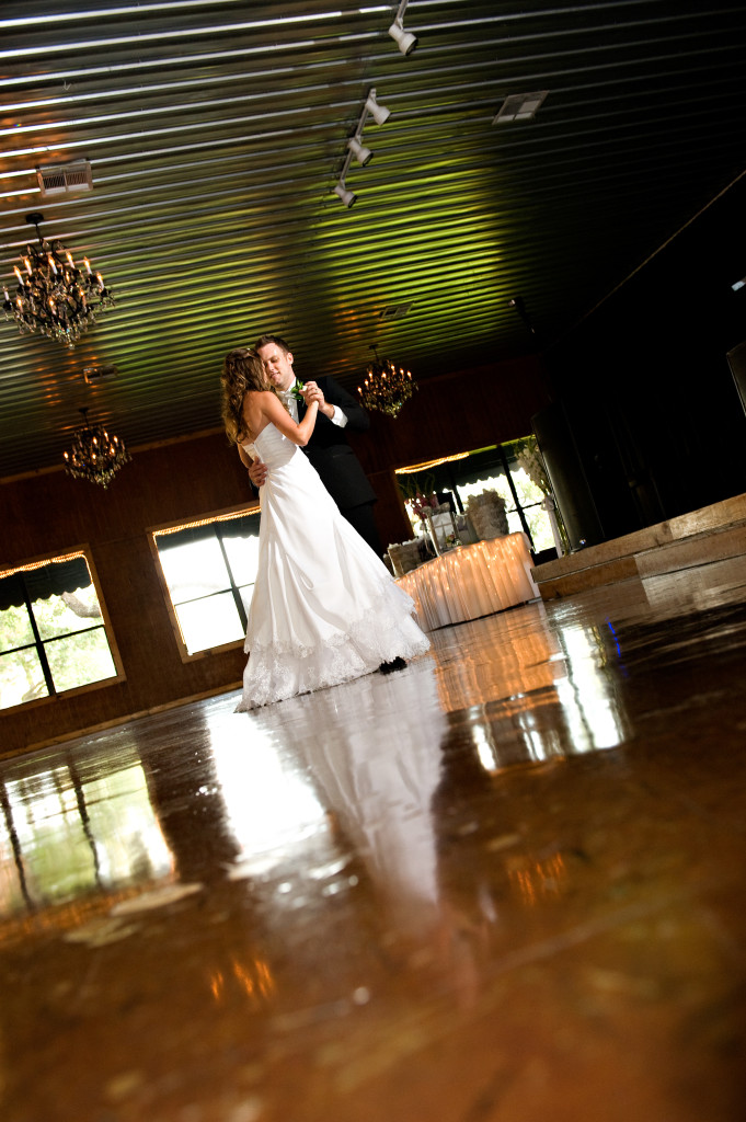 best wedding photographers Creekside Austin