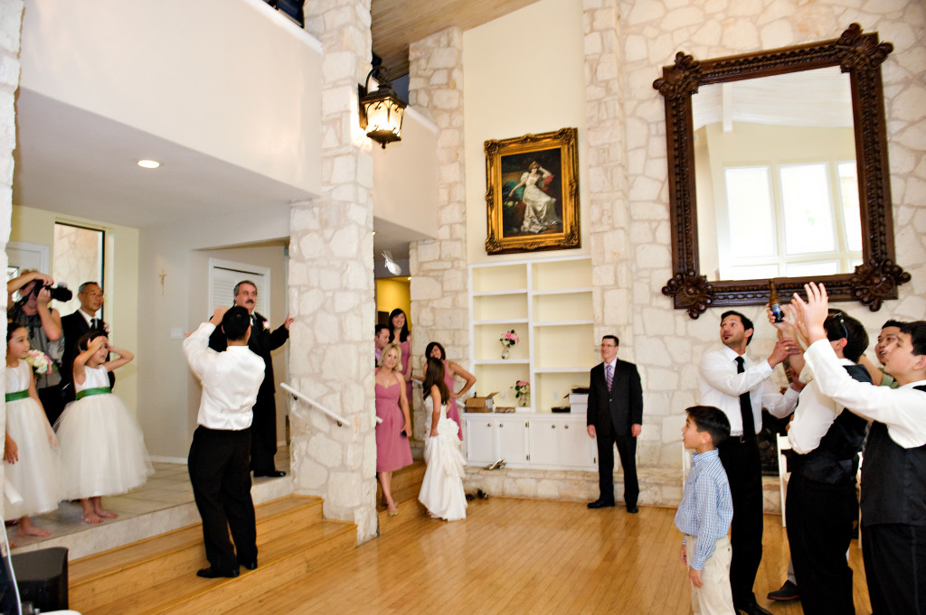 best wedding photographers Casa Blanca on Brushy Creek